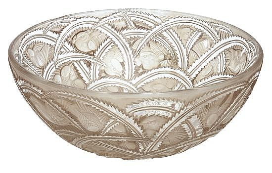 A RENE LALIQUE PINSONS PATTERN SEPIA PATINATED BOWLMODEL INTRODUCED 1933