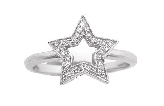 A DIAMOND RING BY TIFFANY & CO