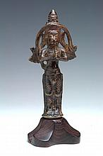 AN 18TH CENTURY BRONZE JANUS FIGURE, one side Garuda, the other Hanuman 12cm high, base not measured