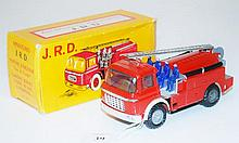 JRD (FRANCE) MINIATURES VOITURE D'INCENDIE FIRE TRUCK WITH 4 X FIREMEN, TEXTA RESIDUE TO TANK OTHERWISE EXCELLENT (E BOX VG)
