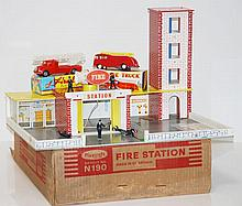 PLAYCRAFT N190 FIRE STATION IN ORIGINAL PACKAGING (G-VG BOX F)