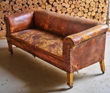 DISTRESSED LEATHER CLUB LOUNGE ON CASTERS