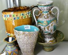 FIVE PIECES OF ITALIAN POTTERY