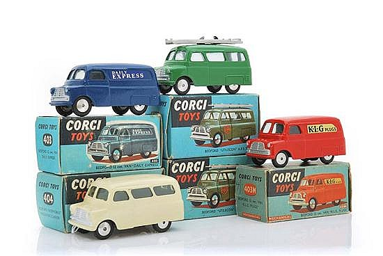FIVE CORGI COMMERCIAL VEHICLES INCLUDING 403; 403M; 404; 405 WITH SILVER LADDER; AND 405 WITH BLACK LADDER (G-M BOXES G-VG) (5)