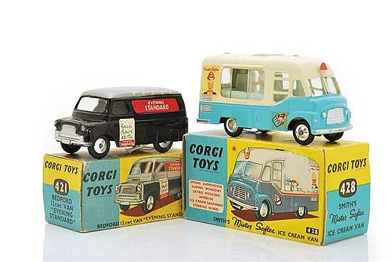 TWO CORGI COMMERCIAL VEHICLES INCLUDING 421; AND 428 (E BOXES VG) (2)