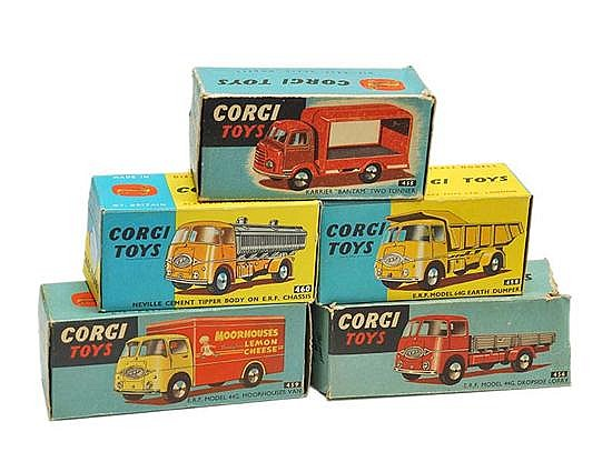 FIVE CORGI COMMERCIAL VEHICLES INCLUDING 455; 456; 458; 459; AND 460 (E-M BOXES P-E) (5)
