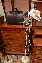 A FLOOR STANDING MAGNIFIER INFRARED LAMP & CARRY BAG