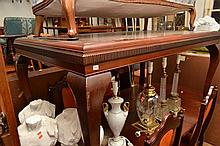QUEEN ANNE STYLE DINING TABLE