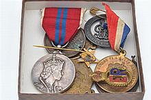 A COLLECTION OF ROYAL RELATED MEDALLIONS