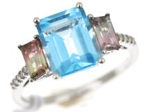 A TOPAZ AND TOURMALINE RING, WITH DIAMOND DETAILS, IN 10CT WHITE GOLD