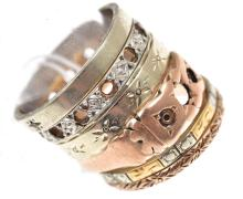 A COLLECTION OF VINTAGE RINGS WITH STONES DEFICIENT, IN GOLD