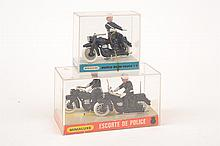 2 X MINIALUXE POLICE MODELS INCLUDING 'ESCORTE DE
