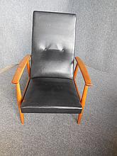 BLACK LEATHER ARMCHAIR WITH ROCKING MOTION