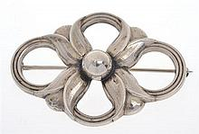 A BROOCH BY GEORG JENSEN