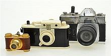 COLLECTION OF LEICA THEMED MINIATURE NOVELTY ITEMS, CONDITION: 6