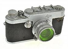 LEICA IG NO. 925619 (1958) WITH SUMMICRON 3.5 33MM GREEN FILTER LENS AND ER CASE, CONDITION: 5 (CASE BROKEN)