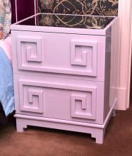 A PAIR OF PALE GREY LACQUERED TWO DRAWER BEDSIDE CABINETS, 61 X 74.5X 49CM