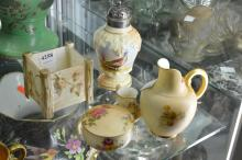 A COLLECTION OF ROYAL WORCESTER INCL. BLUSH IVORY, ETC.