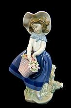 Lladro Porcelain #5222 Gloss