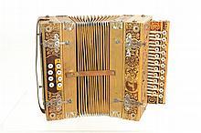 Vintage Schutz-Marke Accordion w/ Case
