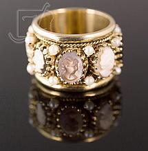 14K Yellow Gold Cameo & Pearl Ring