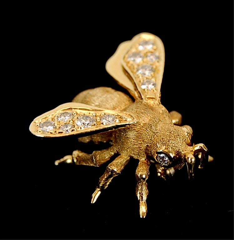 Henry Dankner 14kt Gold Bee Diamond Brooch