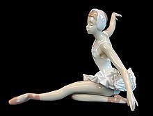 Lladro Porcelain #5920 - Swan Ballet