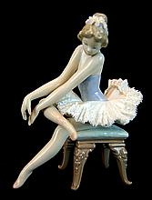 Lladro Porcelain #5498 - Opening Night