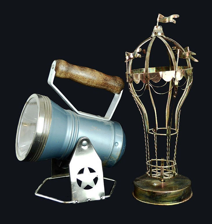 2pcs. Musical metal balloon & STAR Co. lantern