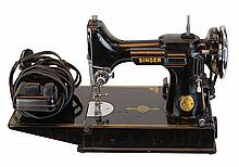 1941 Vintage Singer Featherweight Sewing Machine 221 with Case and Extras