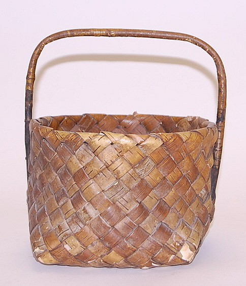 Berry Gathering Basket from Maine Indians