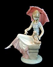 Lladro Porcelain Figure 7612 - Picture Perfect