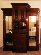 Large Antique Deco Armoire/Wadrobe