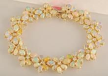 1.02ct Diamond & 14.11ct Opal Bracelet