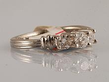 5.8 PLATINUM, 0.50 CT DIAMOND RING
