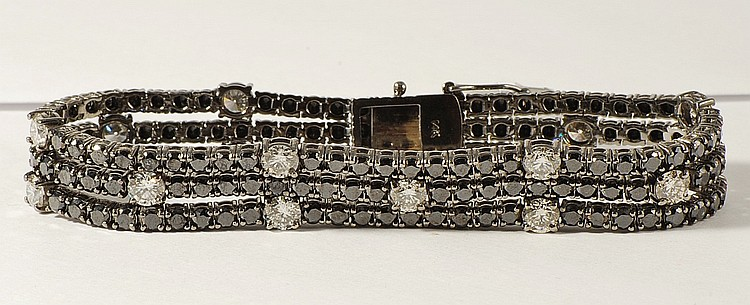 17.27 ct Diamond Bracelet