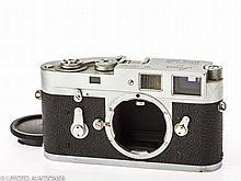 Leica M2 No.1037957