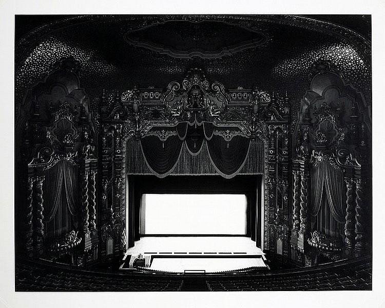 Hiroshi Sugimoto, Ohio Theater, Ohio, 1980 gelatin