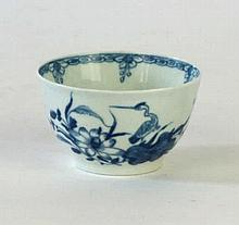 An early Worcester blue and white porcelain 'Cormorant pattern' tea bowl, c