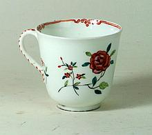 Late 19th century Worcester porcelain coffee can Having hand-painted floral