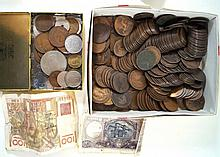 A collection of British coinage To include large quantity of pre 1947 silve
