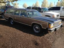 1984 Ford Country Squire Woody Surf Mobile