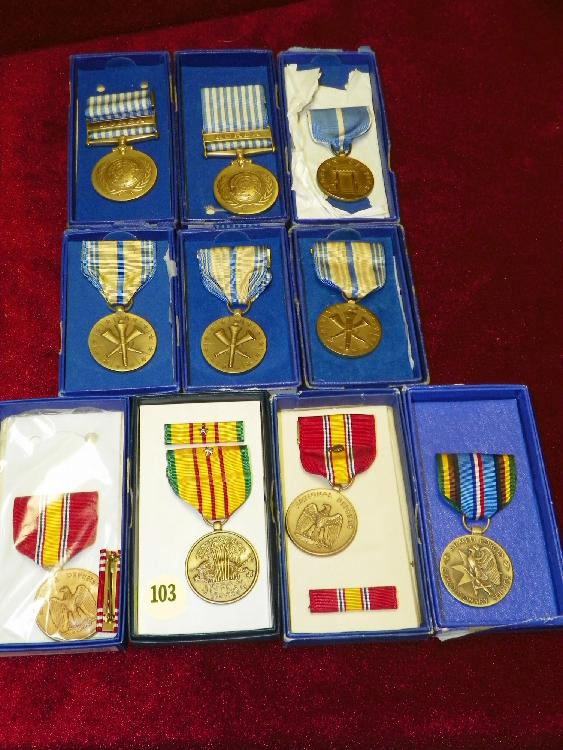 10 VIETNAM & KOREAN WAR METALS