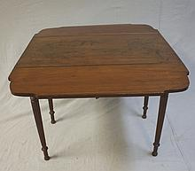 19thC Sheridan Drop Leaf Pembrook Maple Table