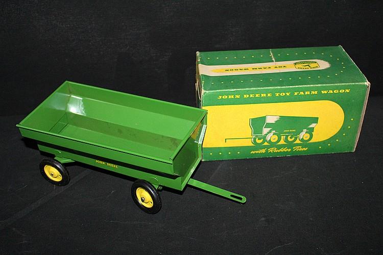 John Deere Toy Farm Wagon In Original Box