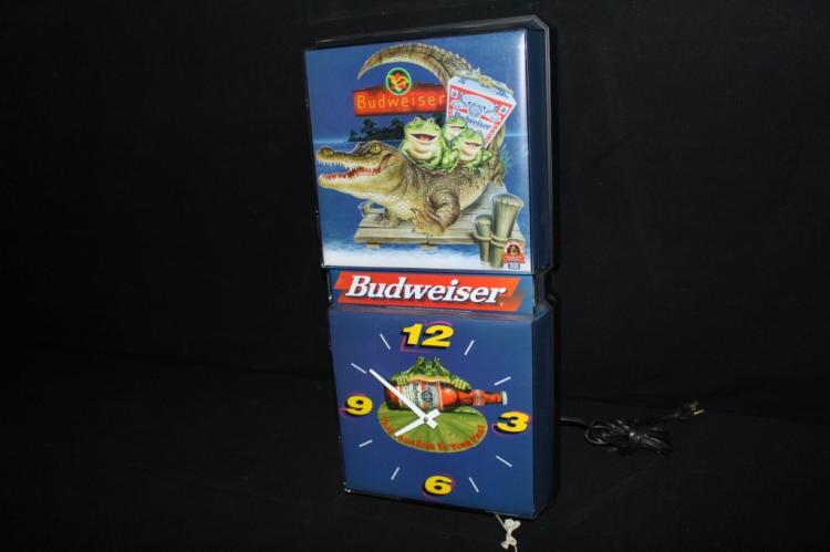 Budweiser Frogs Lighted Clock Sign