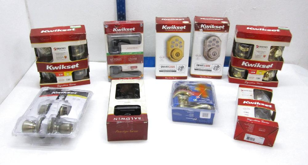 Kwikset Deadbolts and Lockets in Boxes