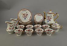 Service à dessert en porc Schlaggenwald Czechoslovakia oiseaux et fleurs: cafetière pot à lait pot à sucre couvert 8 ass dessert 8T+ s/t + pot à lait assorti (écl) (20pc)