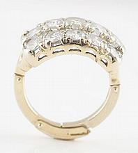 14K White Gold Diamond Ladies Ring.