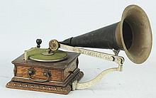 Disc. Graphophone with Horn.